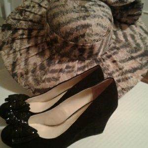 Jessica Simpson shoes size 6M in black with bow